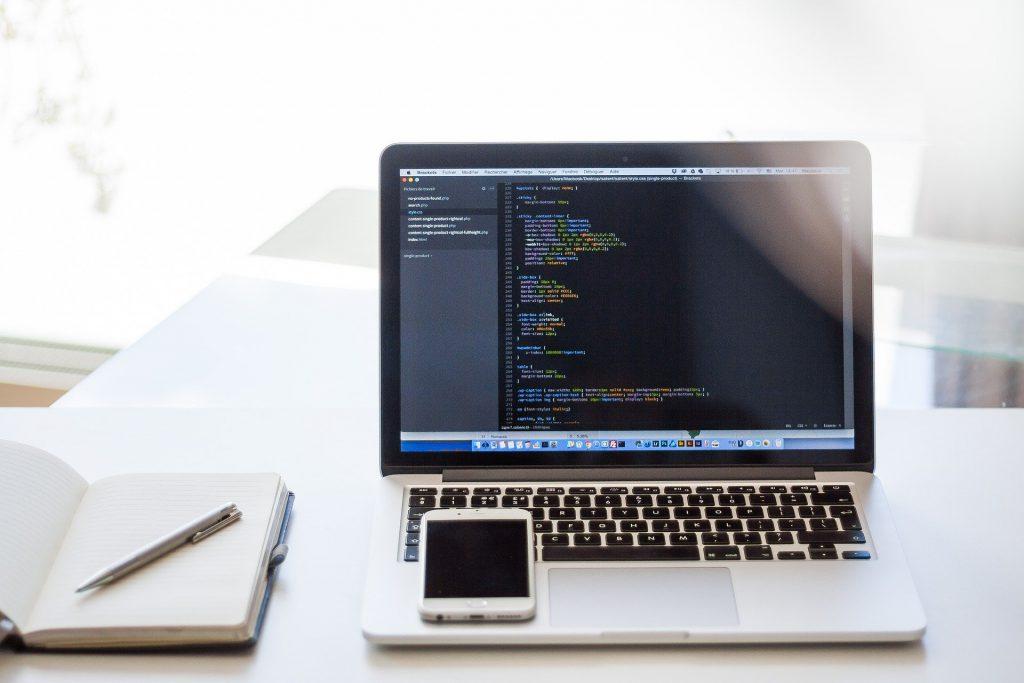AWSの仮想デスクトップを導入するメリット7つ!利用料金は?サムネイル