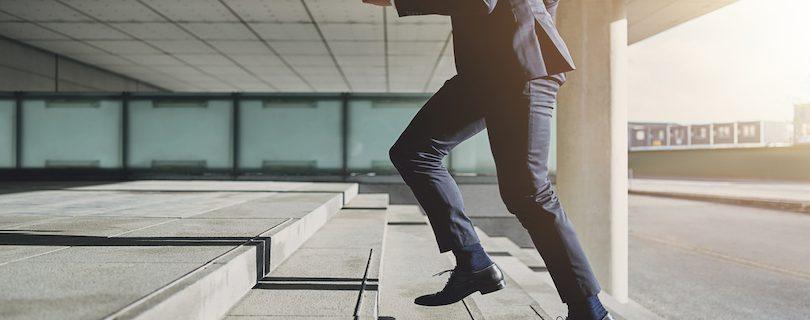 エンジニアの転職理由とは?転職を成功させるコツを紹介サムネイル