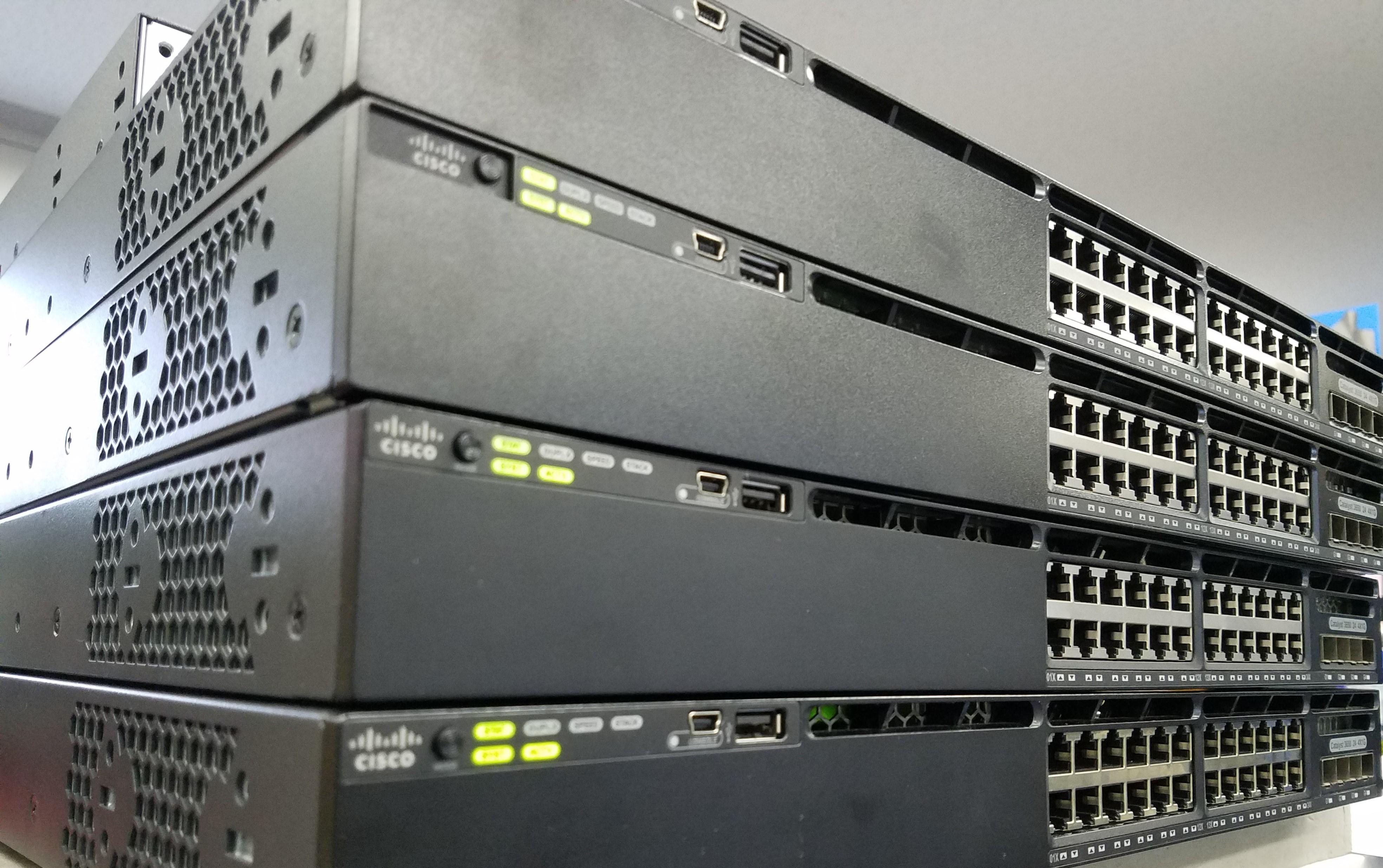 Oracle DatabaseとMySQLの違い7つ|特徴についても解説のアイキャッチイメージ