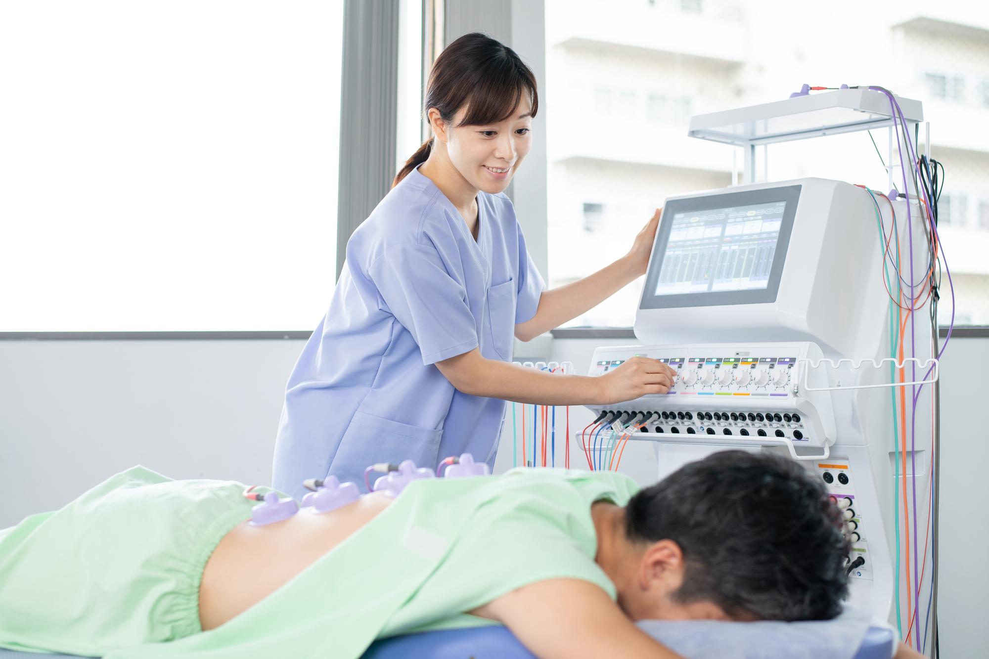 ネットワークエンジニアにありがちな「腰痛」の防止方法と注意点についてのアイキャッチイメージ