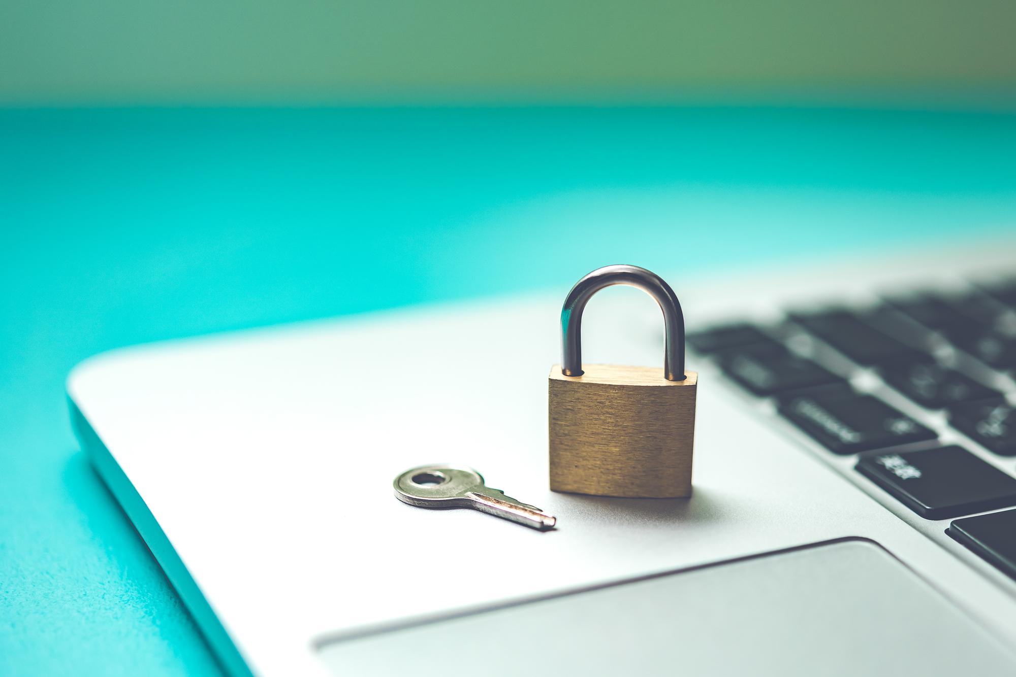 【SSHのセキュリティ設定】SSHサービスと鍵管理の設定についてご紹介
