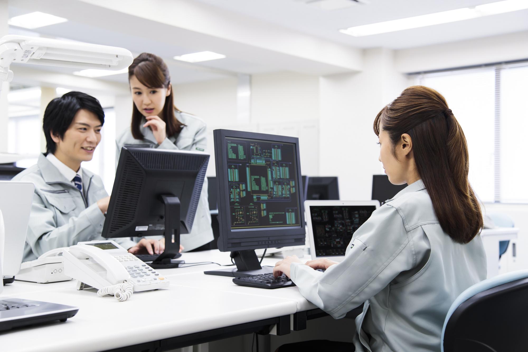 女性エンジニアのキャリアプランについて解説|キャリアプランの例も紹介