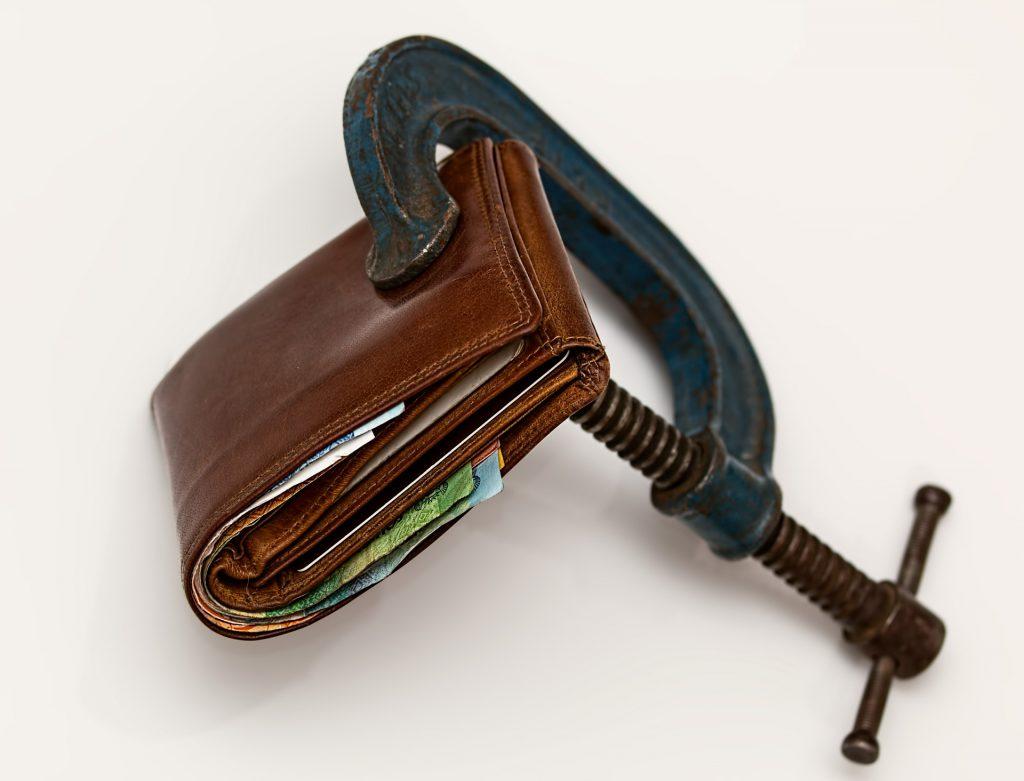 【今すぐしたい消費増税対策!】エンジニアが増税前に買っておくべきものとはのイメージ