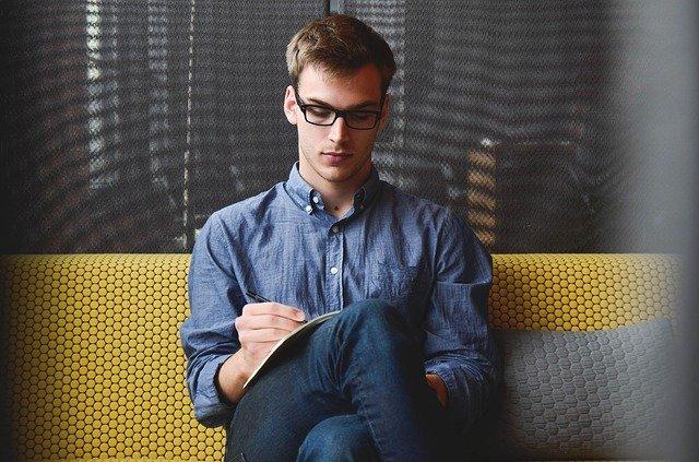 エンジニアの理想のキャリアを実現するにはビジネスマナーを習得すべき!その理由とはイメージ画像