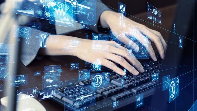 Webエンジニアについて詳しく知ろう!Webエンジニア要求されるスキル5つサムネイル
