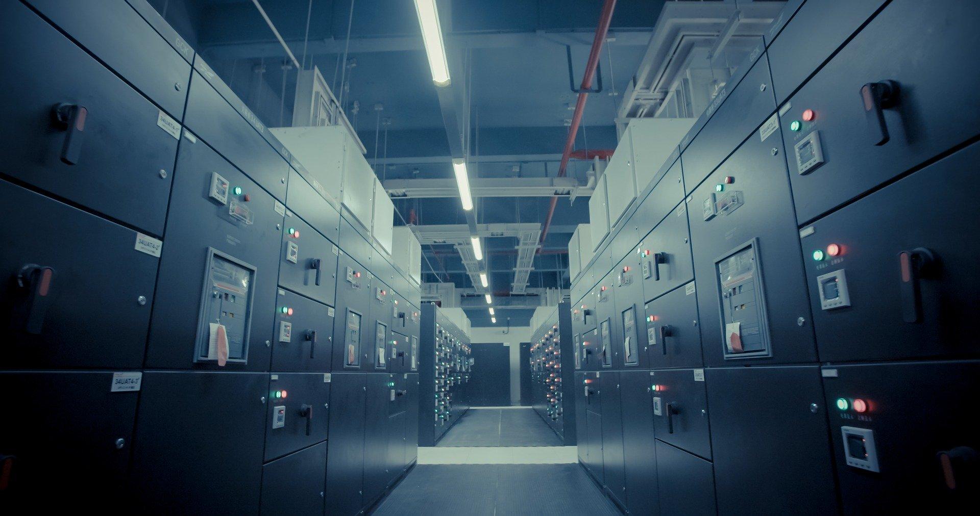 データセンターの安全性の確認基準:「ティア」と「データファシリティスタンダード」とは