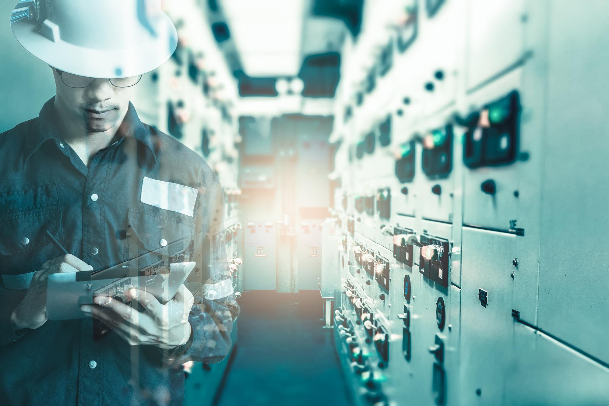 インフラエンジニアのスキルアップに役立つ副業・派遣の探し方イメージ画像