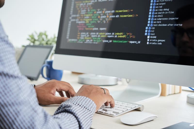 Linuxサーバの構築手順を解説|Linuxサーバの構築前に決めること6つのアイキャッチイメージ