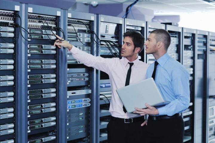 ソフトウェア業界とは?業界で働くために必要なもの5つと職種4つイメージ画像