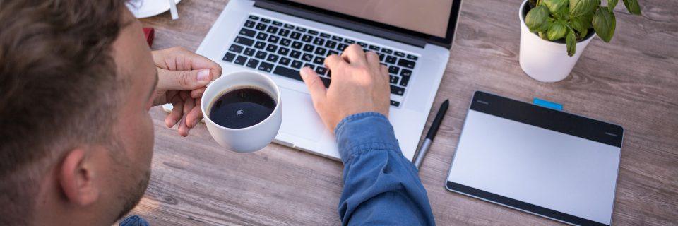 Javaをダウンロードする3つの方法|知っておきたいJavaの種類とは?